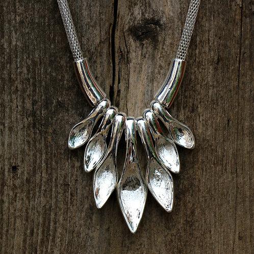 'Spoon' Style Fan Necklace