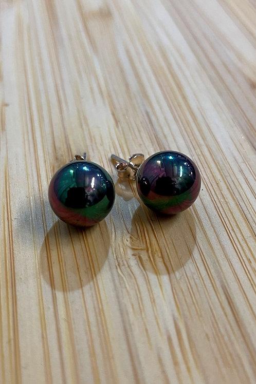 'Peacock' Pearl Ears