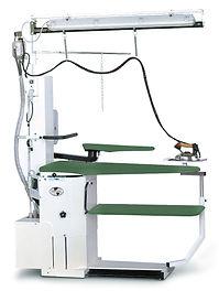 Двухсторонний гладильный стол, рукавная платформа переставялется на любую сторону, педали вакуума и наддува с обеих сторон.