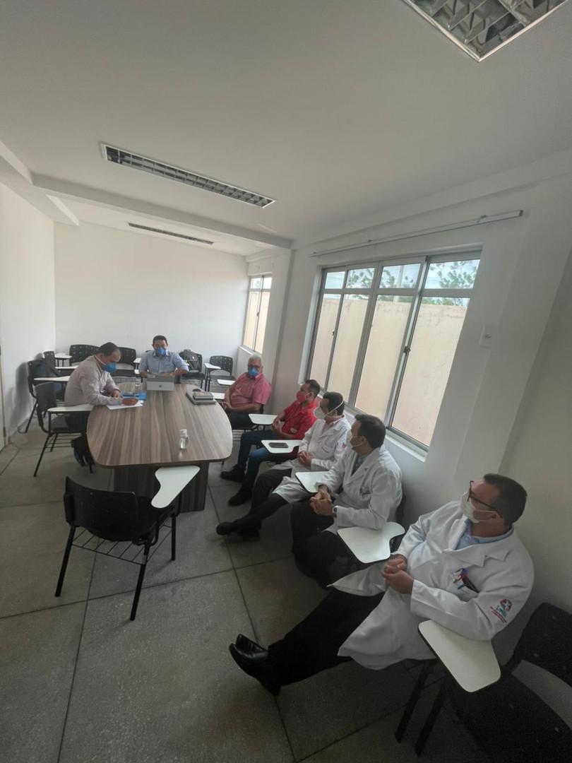 reunião 2.jpg