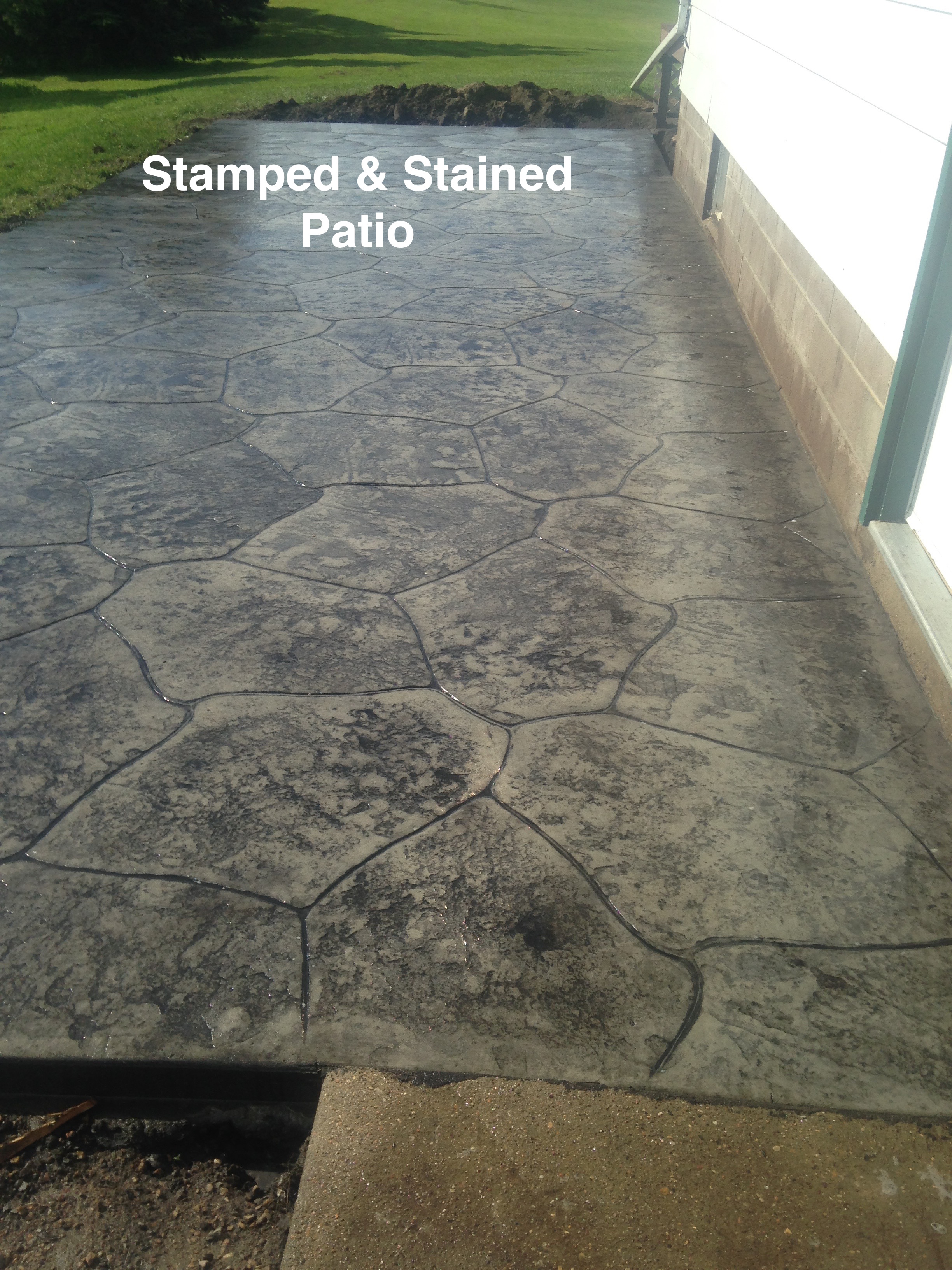 Stamped Stained Patio 02