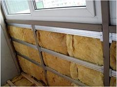 Тёплое ПВХ остекление балкона. Утепление минеральной ватой в Красноярске