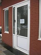 Офисные входные двери из алюминия на заказ от производителя в Красноярске