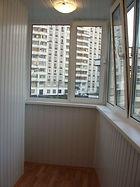 ПВХ остекление углового Г-образного балкона под ключ. Монтаж пола, внутренняя отделка, освещение в Красноярске