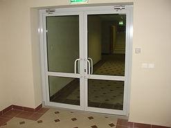 Входная двухстворчатая AL дверь в коридор для офисных помещений от производителя на заказ в Красноярске