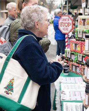 19-christmasville-farmers-market13.jpg