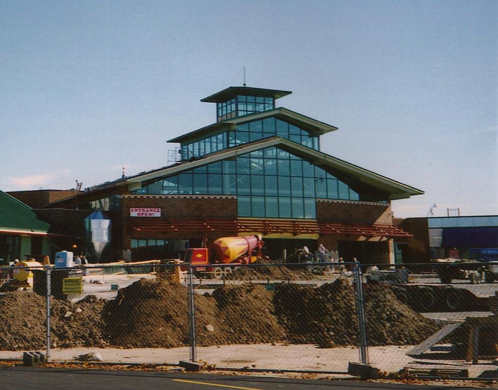 Fox River Mall Food Court (Appleton, WI)