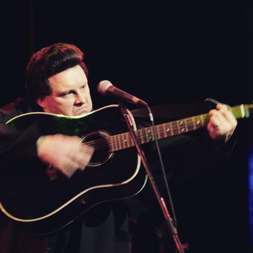 17996999026185905.jpgRick McKay as Johnny Cash