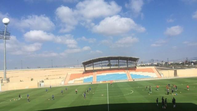 האיצטדיון בעכו בתחילת המשחק (צילום: שקד זנתי/ גיא קנזי)