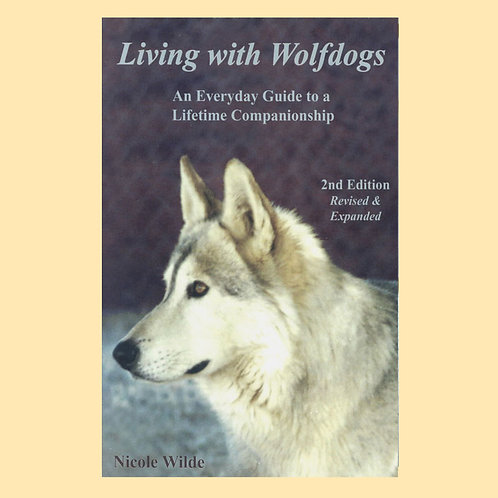 Living with Wolfdogs ebook