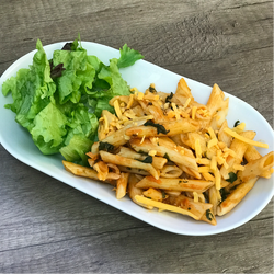 spinach _ tomato pasta bake