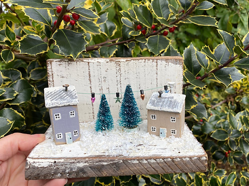 Little Wooden Houses, Festive Decor Scene