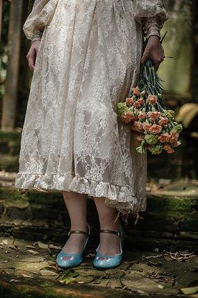 sapatos de noiva pintados a mao.jpg