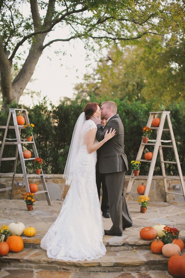 Pumpkin Ceremony Backdrop|32 Ways to Use Pumpkins in Your Fall Wedding|Photography: June Bug Company
