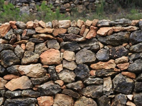 Dry Stone Walls: Connecting with History at Cova Fullola