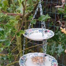 2 tier pink & blue bird feeder
