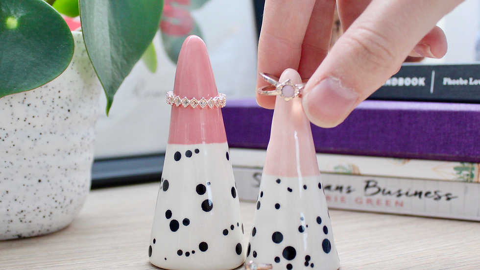 Dotty ring cones- Set