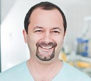 Dr Attila Toth Zahnimplantate