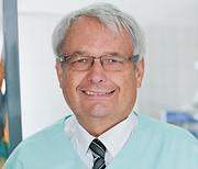 Dr Peter Csipkay Zahnarzt