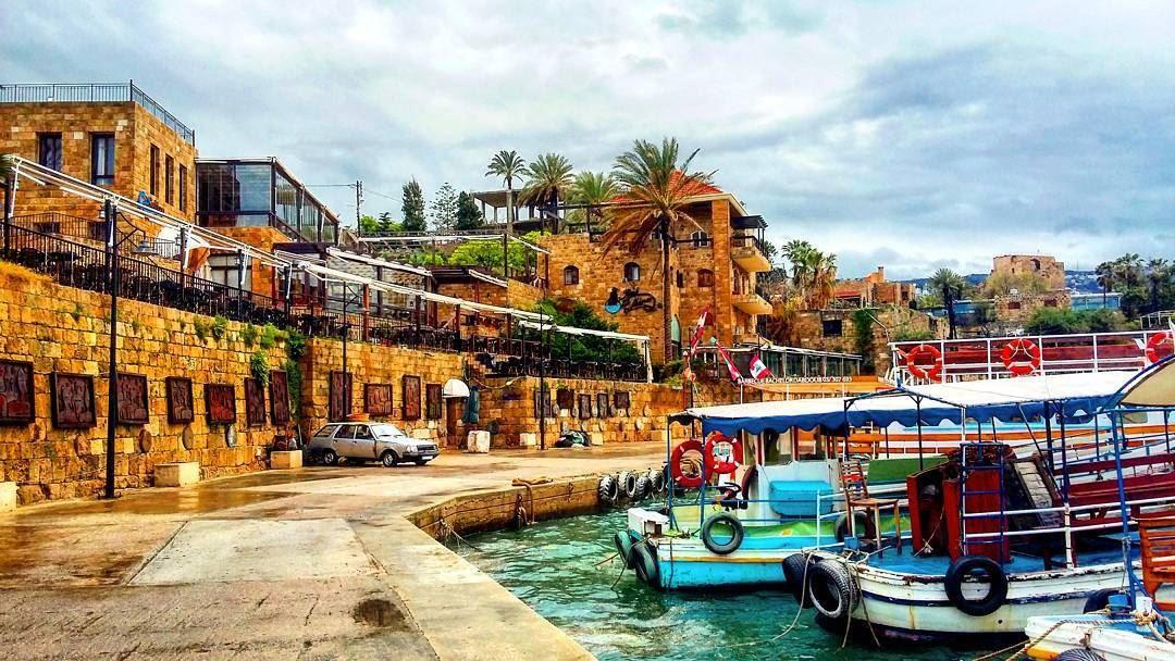lebanon-byblos-roadtrip-old-city-ancient