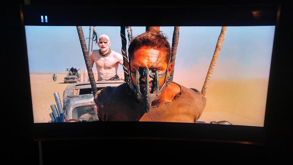 Mad Max ve špatné HDR verzi (user Adam_ME na Blu-ray.com fóru)