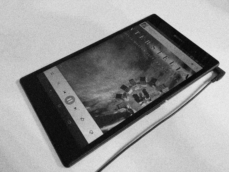 interstellar_google_play_music_tablet.jpg