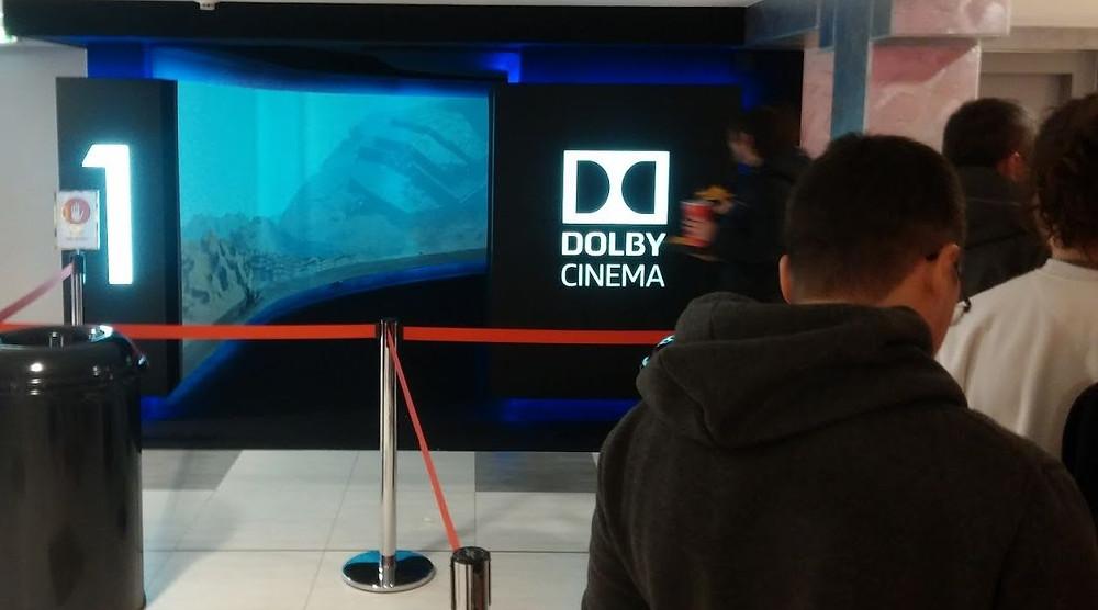 Vstup do Dolby Cinema