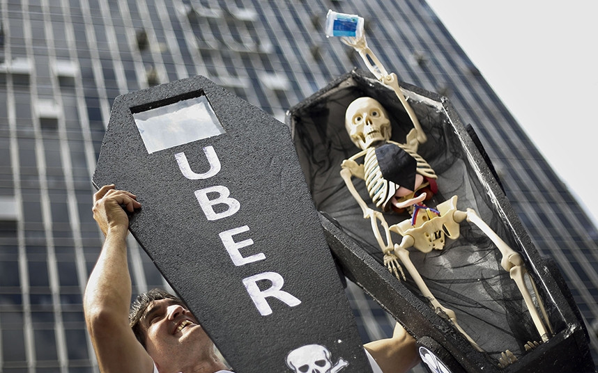 Demonstrace proti Uberu (Sao Paulo, aut.: Miguel Schincariol / AFP / Getty Images)