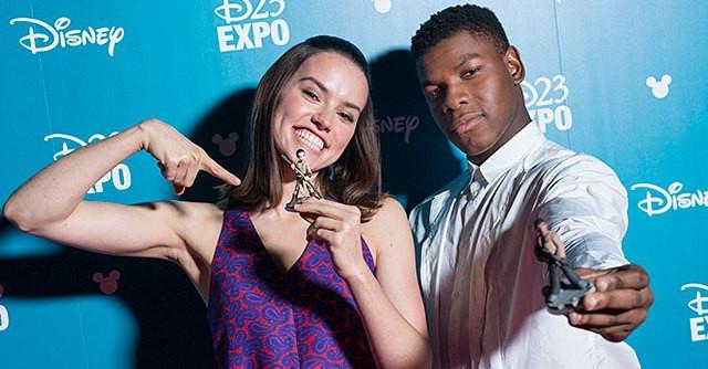 Daisy Ridley a John Boyega: Hlavní tváře letošní Star Wars kampaně