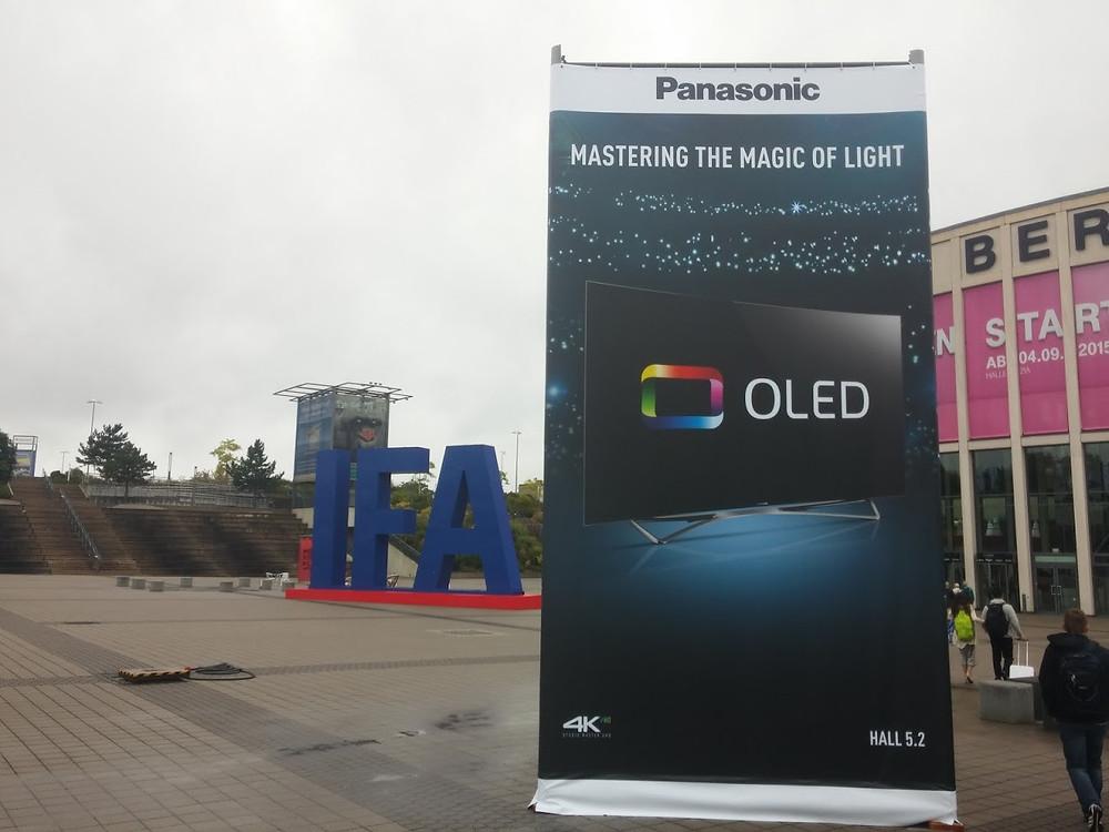 IFA 2015 (Panasonic OLED)