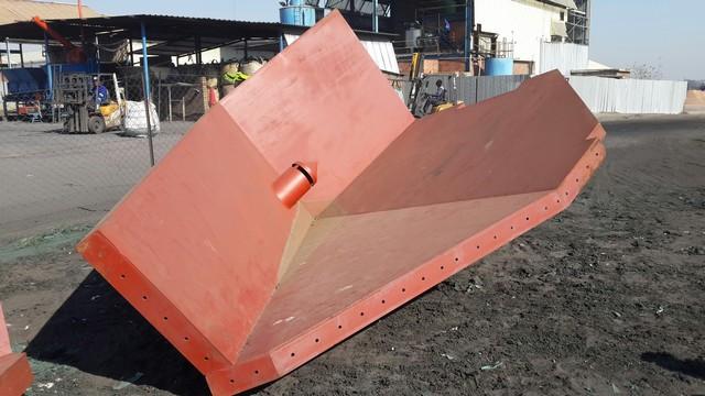 Uretech-Fabrication-Steel-02.jpg
