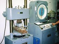 石材の強度測定器