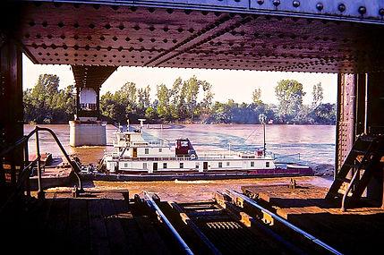 Barge passing through bridge. - Version
