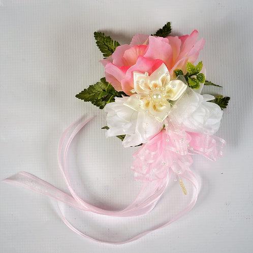 BRIDESMAID WRIST CORSAGE - IVORY REGAL