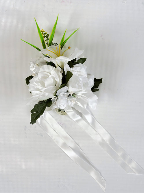 BRIDE'S WRIST CORSAGE - WHITE MEADOW
