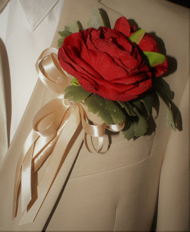 Red Boutonniere #0009