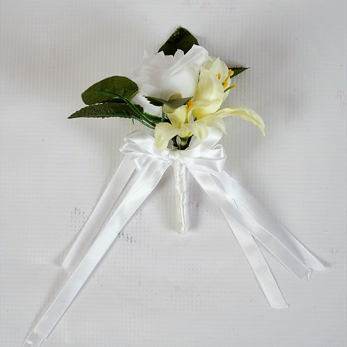 RING BEARER'S BOUTONNIERE - WHITE MEADOW