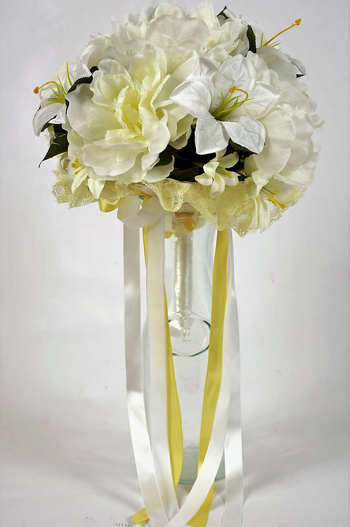 MAID OF HONOR BOUQUET - WHITE MEADOW