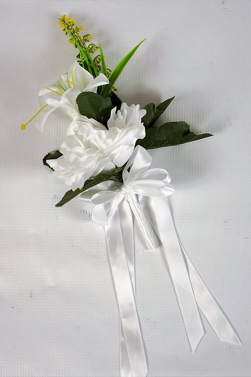 GROOM'S BOUTONNIERE -WHITE MEADOW