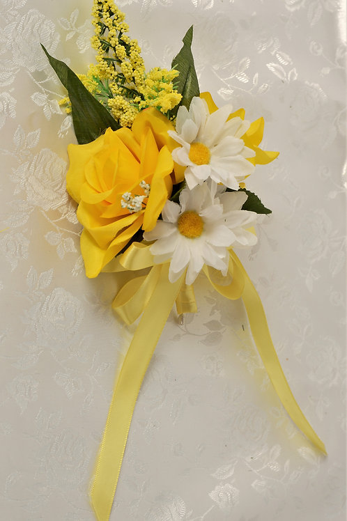 MOTHER-OF-BRIDE CORSAGE - SUNLIGHT GLORY