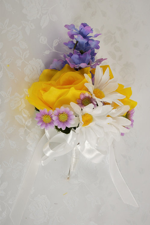 MOTHER-OF-GROOM CORSAGE - SUNLIGHT GLORY