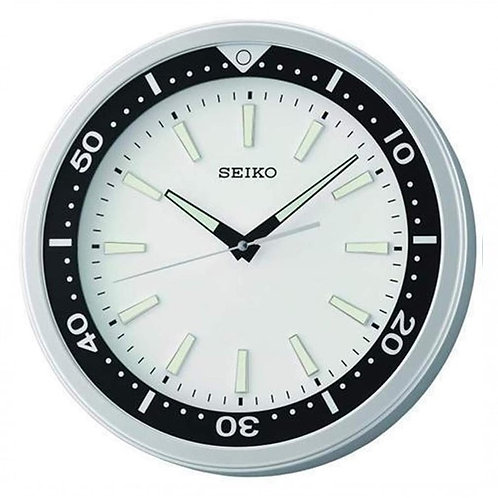 Seiko Wall Clock QXA723S Snowy Divers' Style