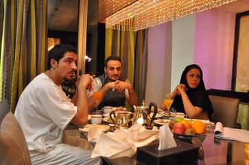 ناصر القصبي يصور مشروعاً سينمائياً في أبوظبي مع المخرج السوري حاتم علي