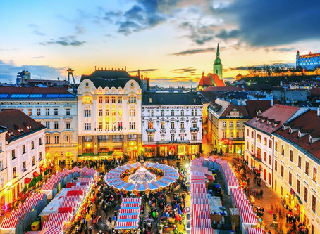 Christmas Markets Start Early in Vienna