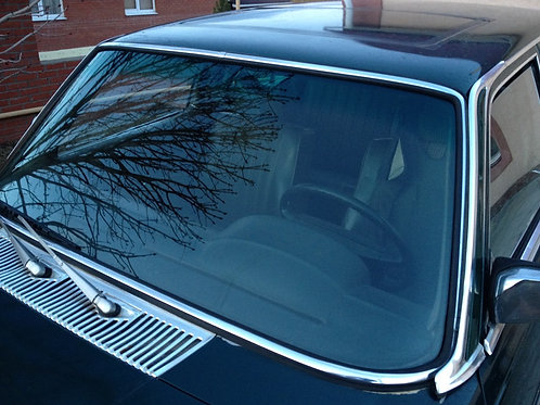 Лобовое стекло Mercedes W116