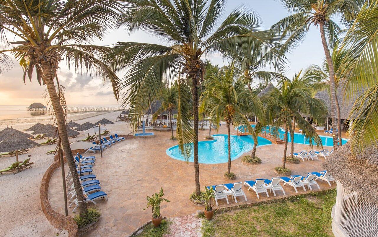 kiwengwa-beach-resort (15).jpg