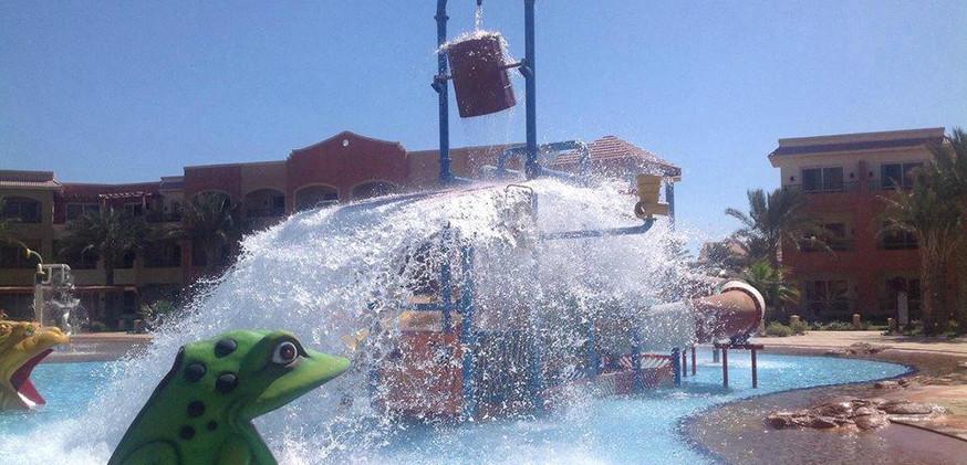 regency-plaza-aqua-park (14).jpg