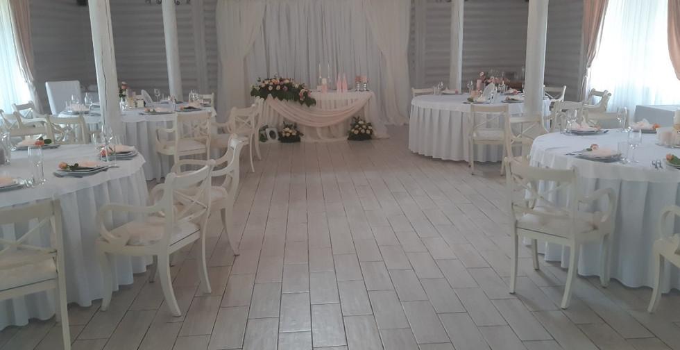 Украшение зала на свадьбу в Киеве