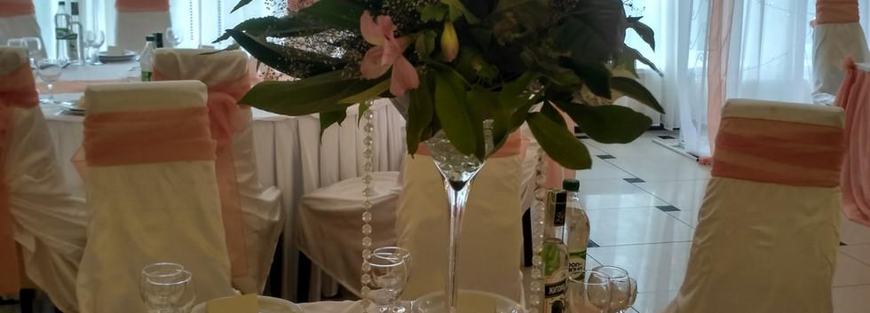 Украшение гостевых столов на свадьбу Киев