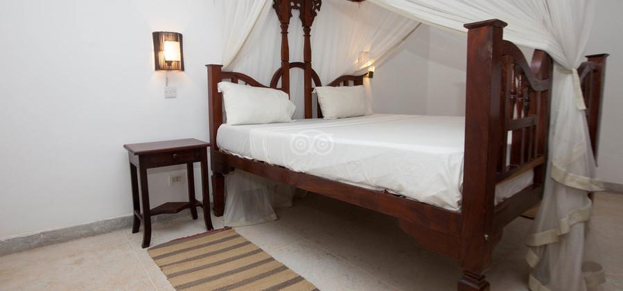 triple-room--v5892636.jpg
